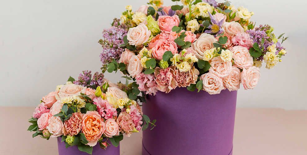 Розы, тюльпаны, хризантемы, альстромерии икомпозиции откомпании Flower Power