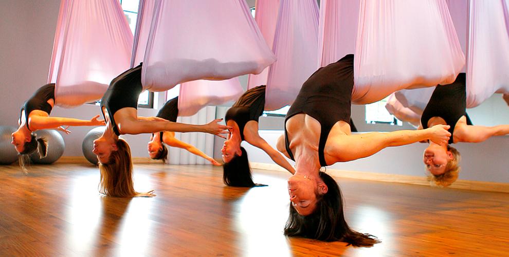 Бесплатное занятие и абонементы на аэройогу в студия I-Yoga