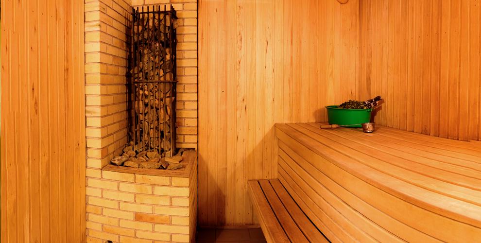 """Настоящая русская баня на дровах """"Берлога"""" с бассейном под открытом небом"""
