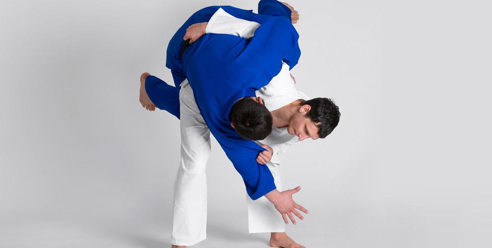 Центр самбо им. А. Брюханова: занятия боевым самбо для взрослых и детей