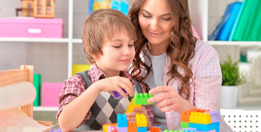 Развивающие занятия для детей от детского сада BAMBINI-CLUB