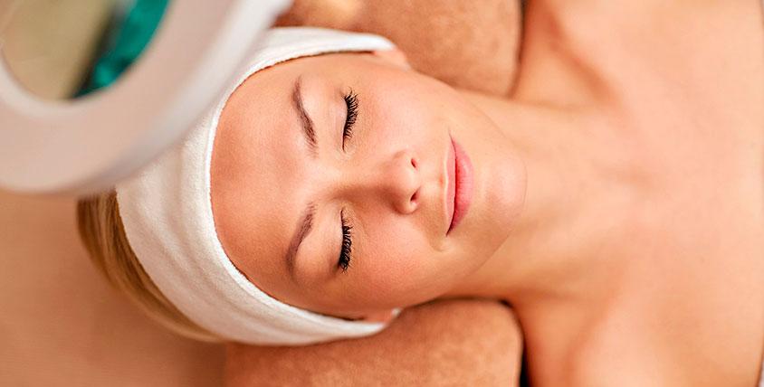 Лифтинг-массаж лица, пилинг, ультразвуковая и вакуумная чистка лица в студии O`blik