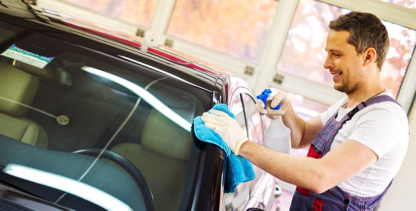 Комплексная мойка автомобиля и химчистка салона в автомойке RENZACCI