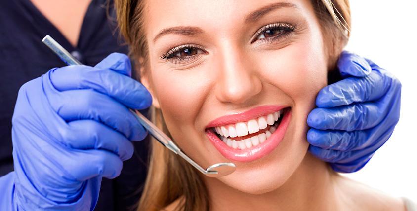УЗ-чистка зубов, лечение кариеса и не только в клинике Premium Clinic