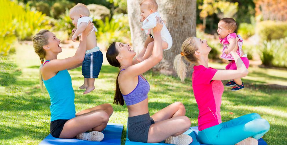 OutdoorMoms: занятие фитнесом наоткрытом воздухе суслугами бебиситтера