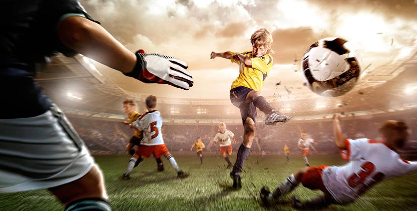 Занятия в детской футбольной школе Footballist&K