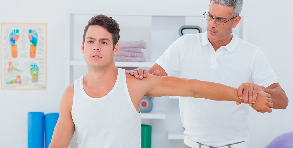 Консультация врача-остеопата, диагностика, сеанс остеопатии в центре «Магия рук»