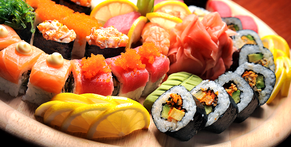 Разнообразное меню роллов отсуши бара Wasabi
