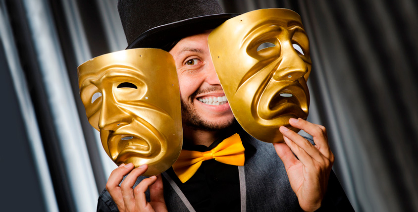 """""""Театральный особняк"""" приглашает на детские и взрослые спектакли в октябре"""