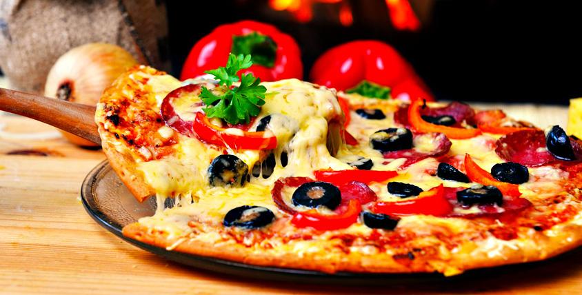 Все меню пиццы, роллов, салатов закусок и не только от службы доставки Pizza4