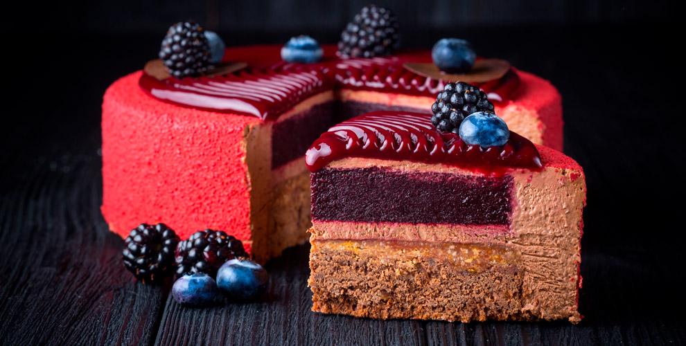«Карамельный Слон»: изготовление торта, набор симбирными пряниками икапкейки