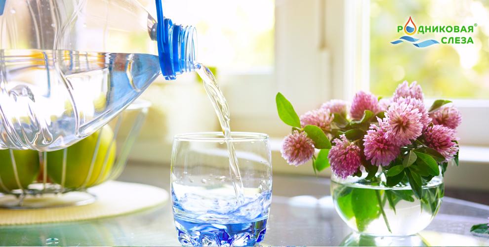 """Питьевая вода от компании """"Родниковая слеза"""""""