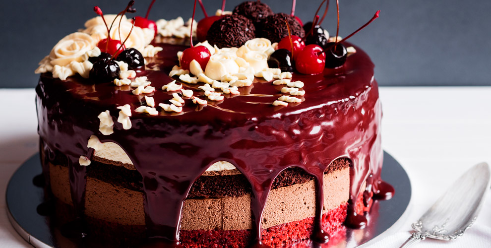 Ассортимент тортов отфабрики «Мята»