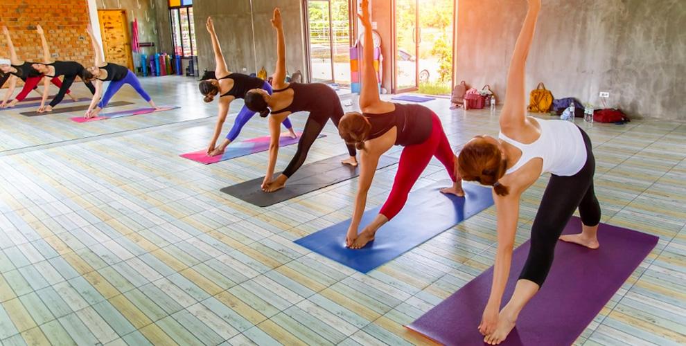 «Центр йоги»: абонементы назанятия йогой илитанцами