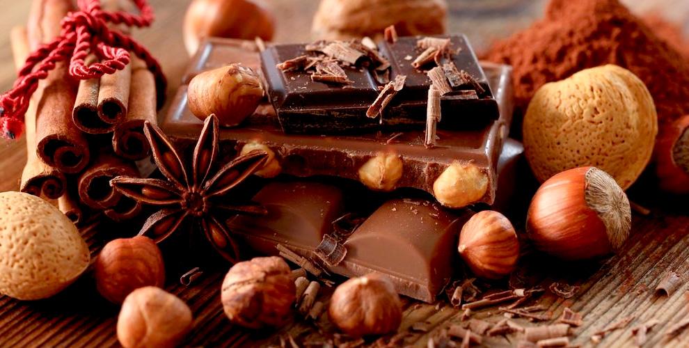 Шоколадные наборы в различном оформлении от студии шоколада ToGuest