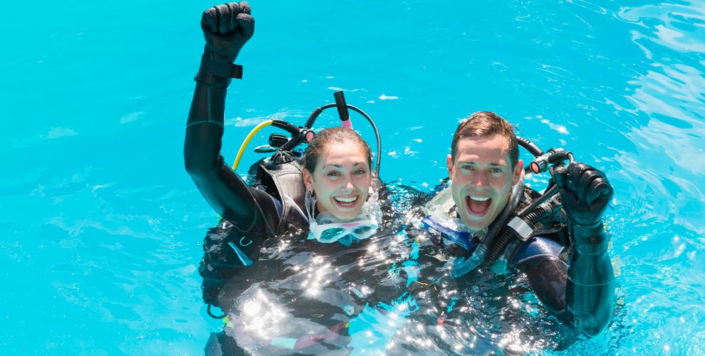 Центр подводного плавания «Аквастиль»: погружение с аквалангом в бассейне