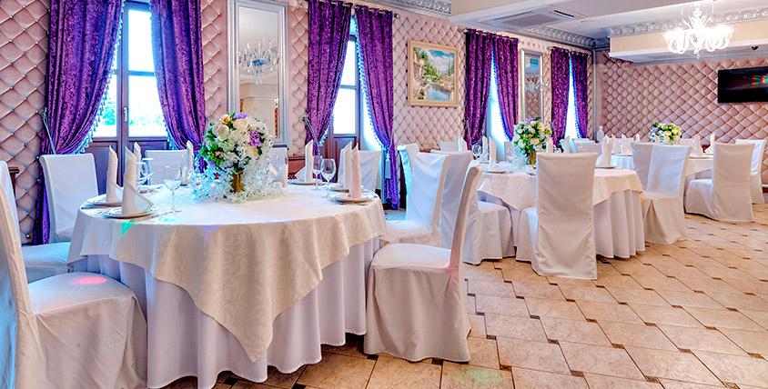 Традиционные блюда итальянской кухни в ресторане Villa Toscana