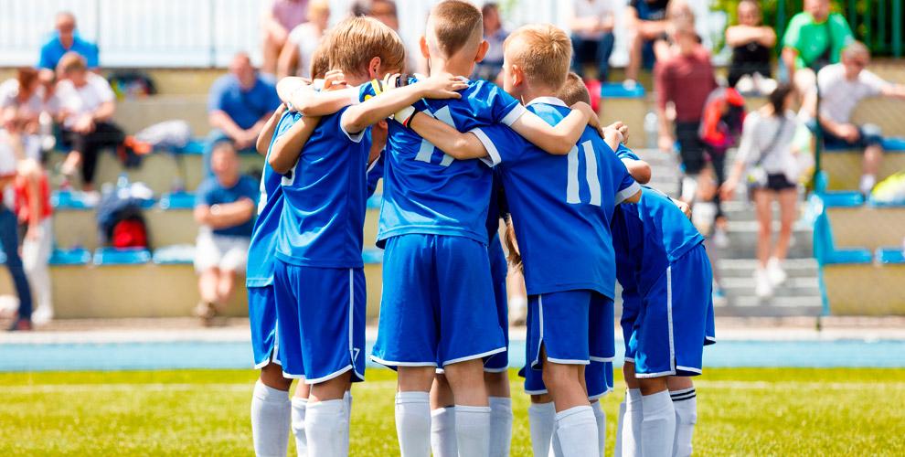 Абонементы назанятия футболом длядетей вклубе «Крылья мечты»