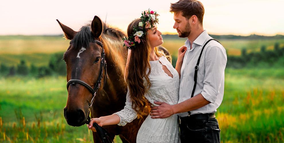 Прогулка на лошади, катание на ослике и фотосессии в клубе «Серебряный ветер»