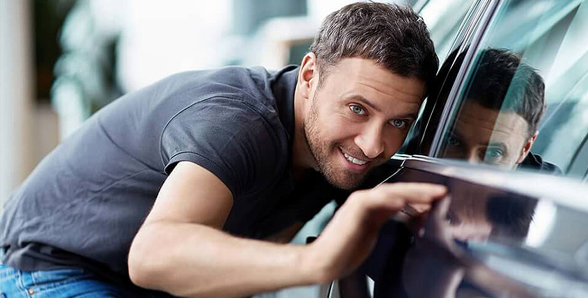 "Тонирование стёкол, защита автомобиля от сколов и царапин, а также бронирование фар в автосервисе ""Шаман"""