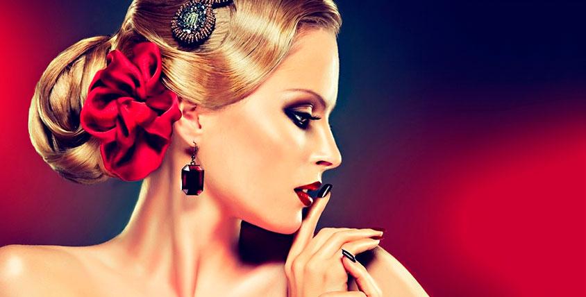 Стрижка, безаммиачное окрашивание и ногтевой сервис в салоне красоты Liza