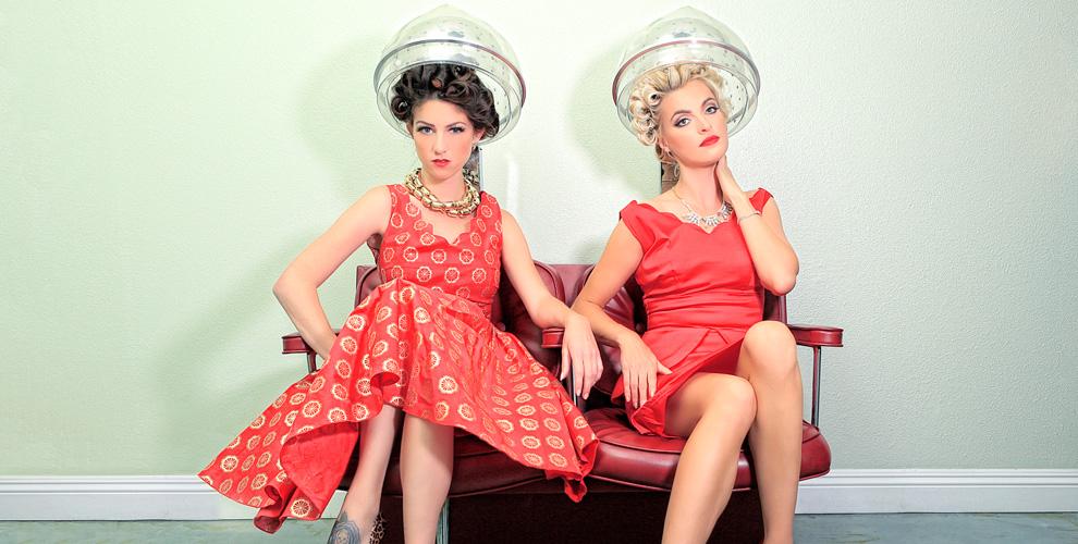 Стрижка, маникюр, окрашивание бровей и ресниц в салоне Cosmo Beauty Bar на Лубянке