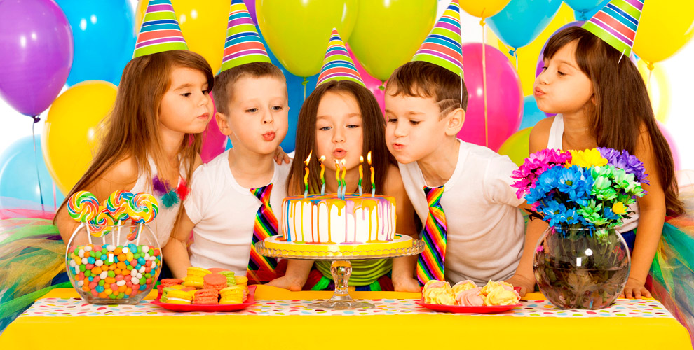 Воздушные шары, проведение детских праздников и выпускных от компании «Мегапраздник»