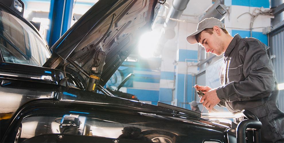 Диагностика ходовой части, двигателя, замена масла и не только в автоцентре «Дельфин»