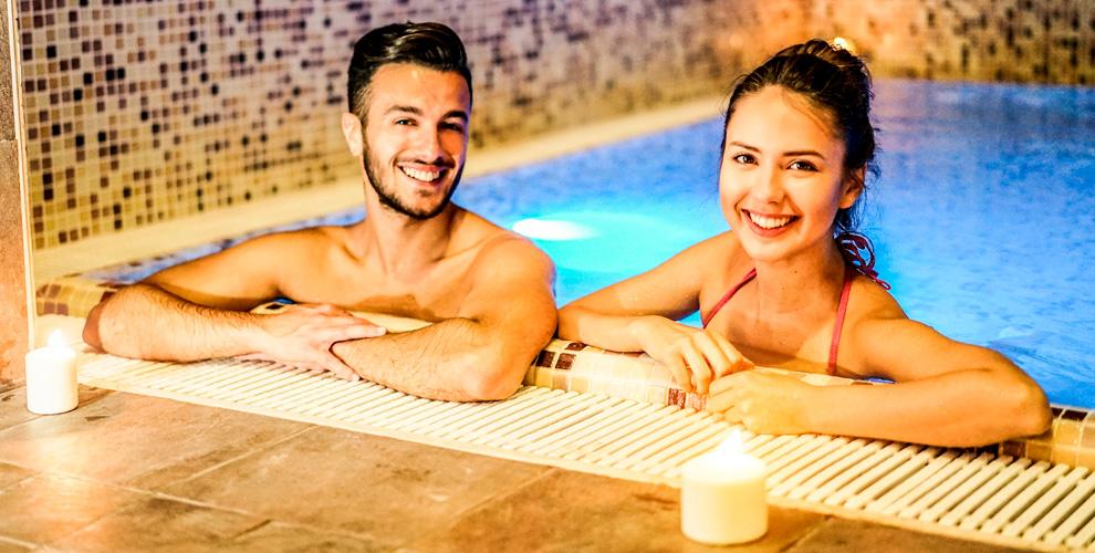 Банные номера с джакузи или бассейном и аренда беседки в комплексе «Коттедж»