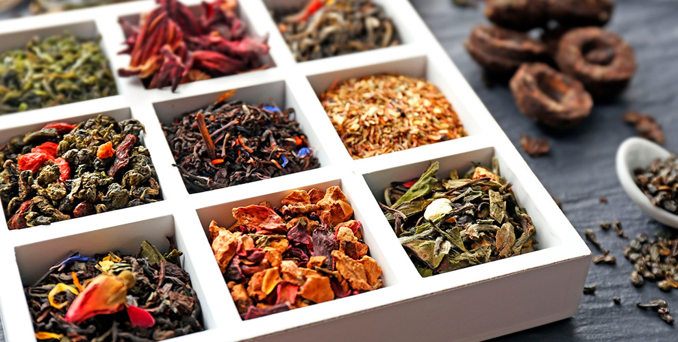 Чайные икофейные наборы, крем-мед, посуда вмагазине «Тричайника»