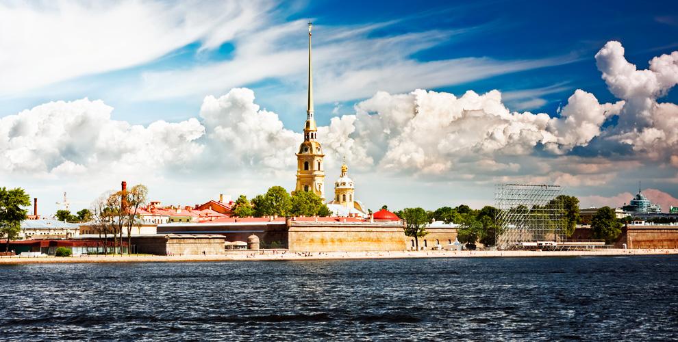Пешеходный квест по достопримечательностям Санкт-Петербурга от компании FreshQuest