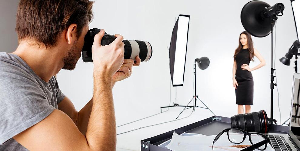 Профессиональная студийная фотосессия в студии Enjoys Photo