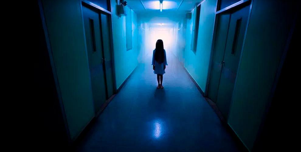 Участие в пугающем перформанс-квесте «Не дыши» в студии «Фактор страха»