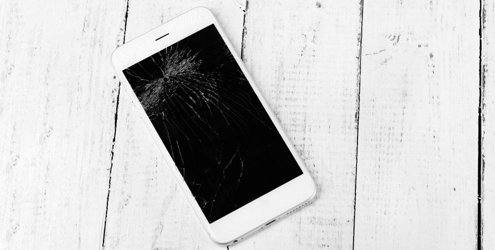 Установка изамена стекла насмартфоне всервисном центре Rework Mobile