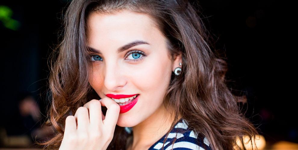 Окрашивание и биофиксация бровей, перманентный макияж в салоне «Бьюти холл»