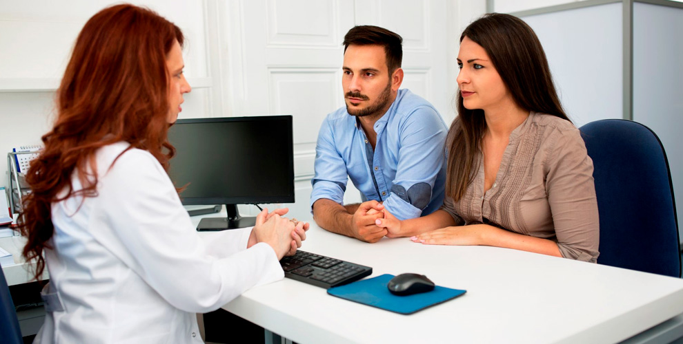 Консультация врача-хирурга, оториноларинголога и другое в центре «ПримаМЕДИКА»