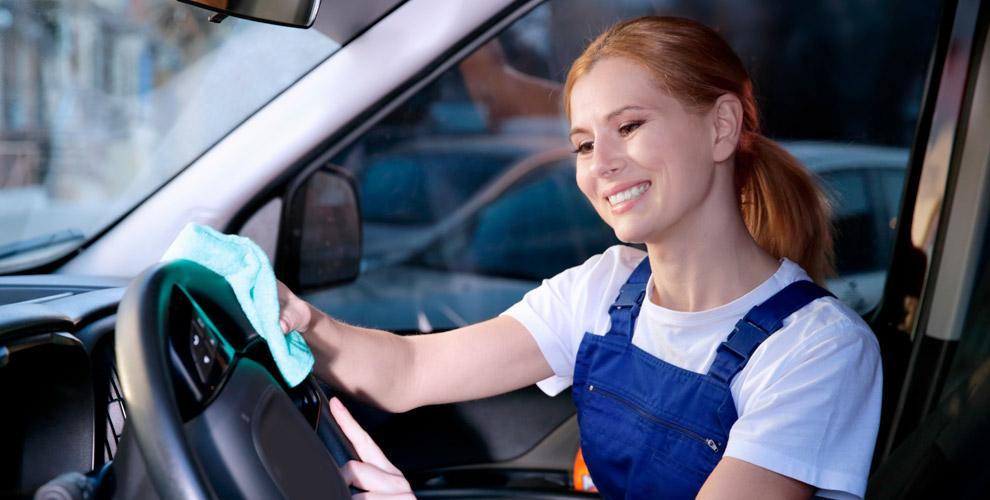 Химчистка салона автомобиля в сети детейлинг-центров «ХОВЕР АВТО»