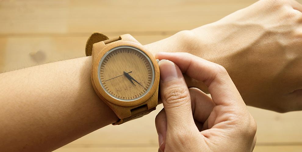 Деревянные мужские наручные часы ручной работы от интернет-магазина Woodthing