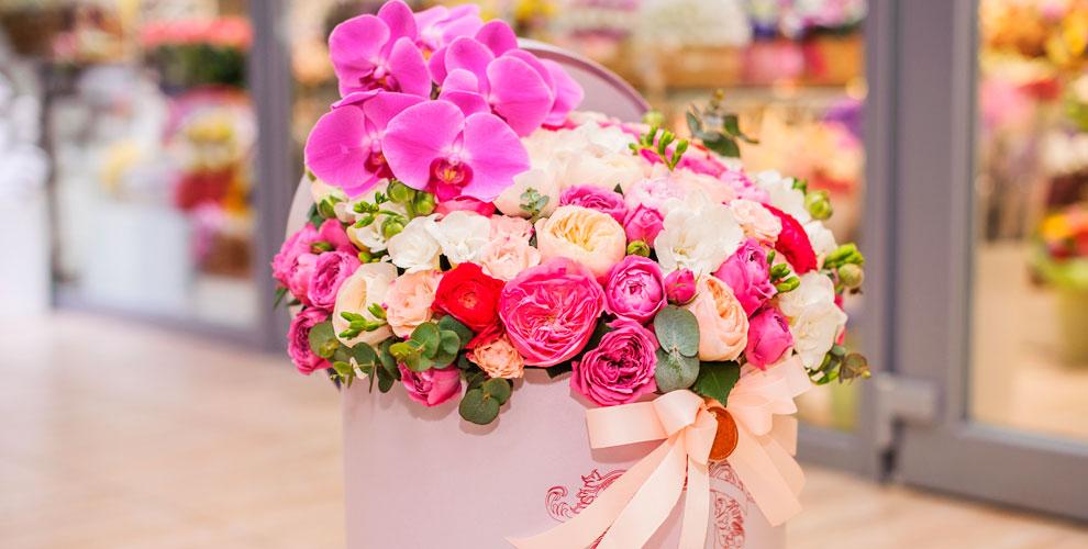 Цветы, букеты из роз и тюльпанов в сети салонов «Дон Пион»