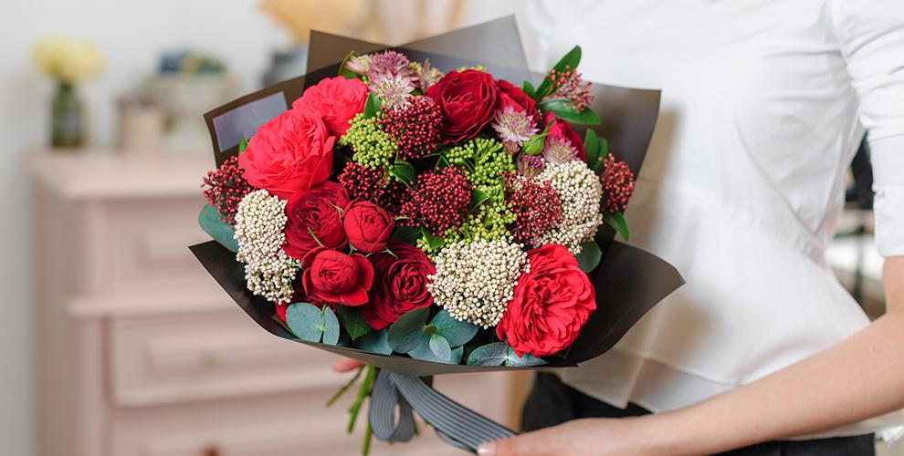 Разнообразные цветы ибукеты отмагазина Caramel