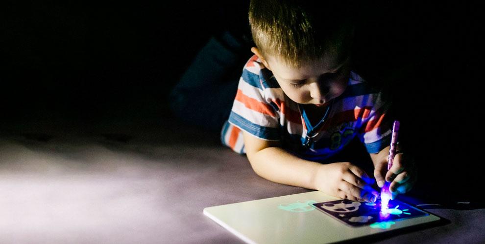 Набор «Рисуй светом», светящийся трек и другое от интернет-магазина «СантаНН»