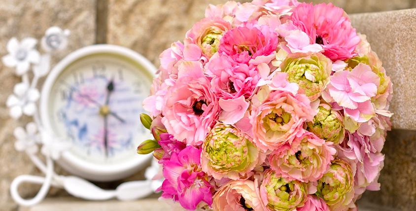 """Интенсивные мастер-классы """"Подарочная упаковка"""", """"Свадебная флористика"""", курс """"Владелец цветочного бизнеса"""" и другое в школе Flora.Style"""
