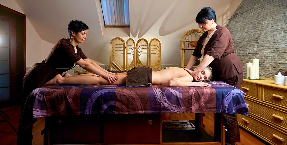 Массаж в4руки навыбор, атакже массаж спины ишеивсалоне MYZONE