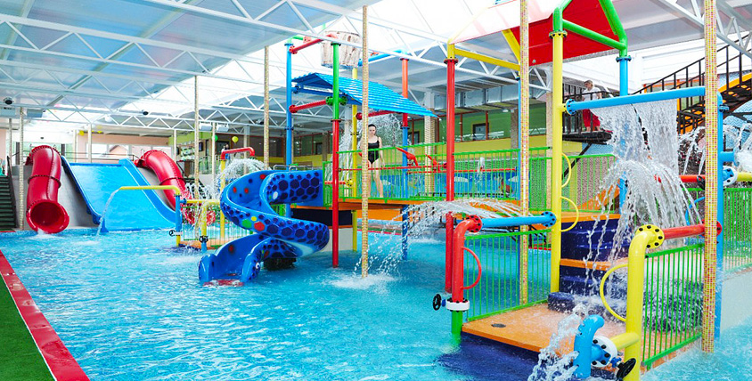 """Весь день в аквапарке """"Аква-Юна"""": серфинг, горки, бассейны, сауна, бильярд и не только"""