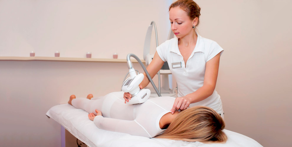 LPG-массаж, сеансы кедровой бочки с обертыванием и кавитация в студии Relax