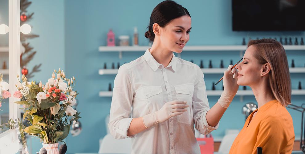 EsteticProf: курсы помикроблейдингу иперманентный макияж