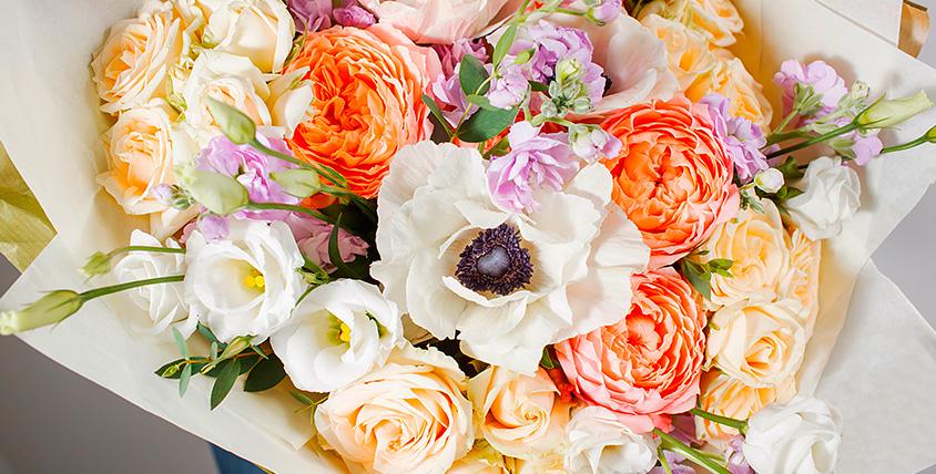 """Цветы, букеты в шляпной коробке, композиции от цветочной мастерской """"Марусины Букеты"""""""