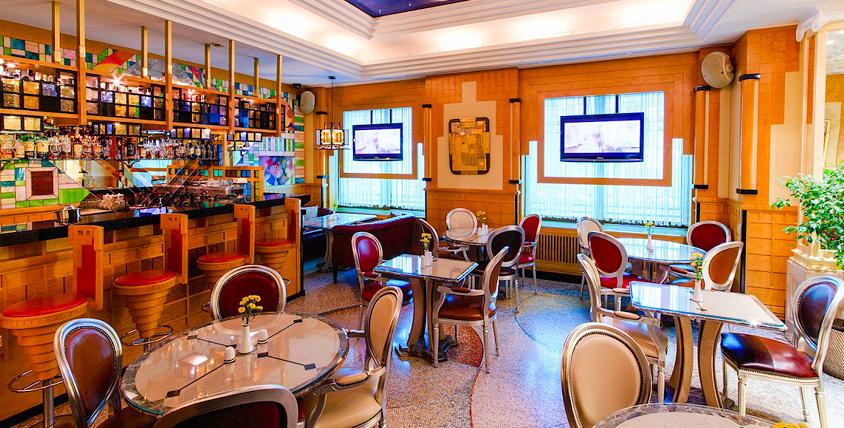 Шедевры мировой кухни: новозеландский ягнёнок, камчатский краб, трюфели, гребешки, ризотто в ресторане La Gourmet