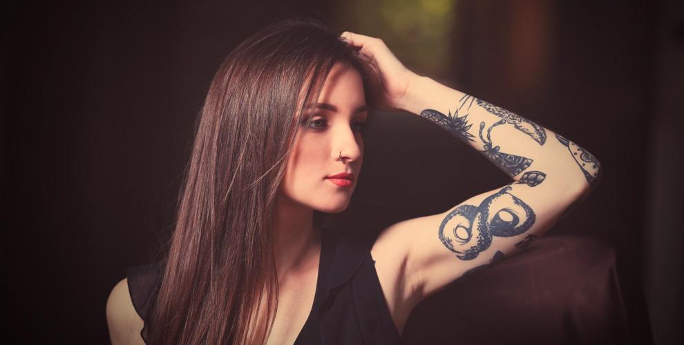 Нанесение татуировки и перманентный макияж в тату-салоне «Аграф»