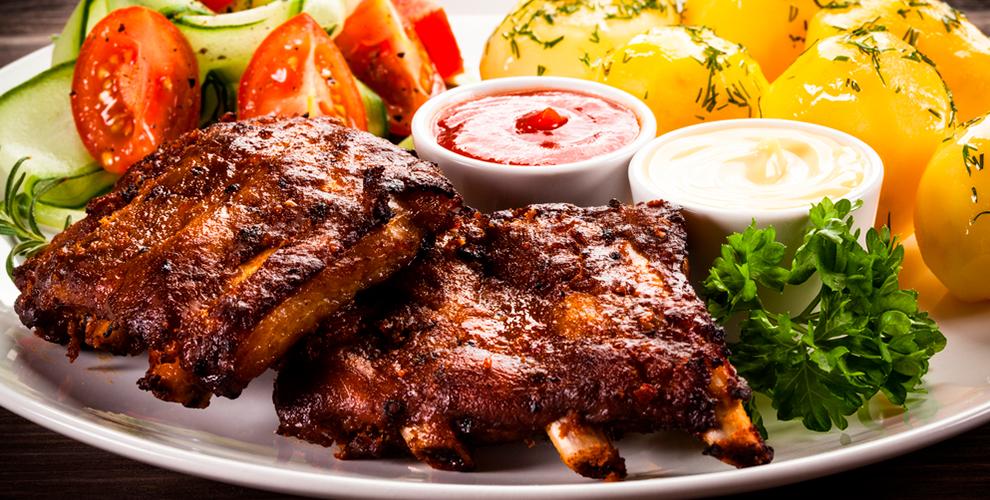 Аппетитные сеты для компаний от бара «Семь лис»